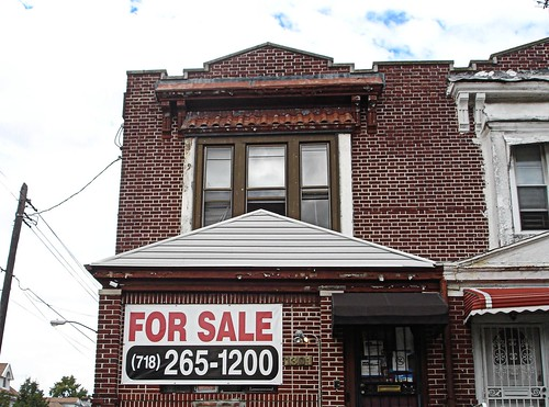 A brick house for sale used in investment